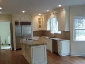 Cream Colored Kitchen Cabinets by Kitchen Cabinets Cream Color Quicua Com