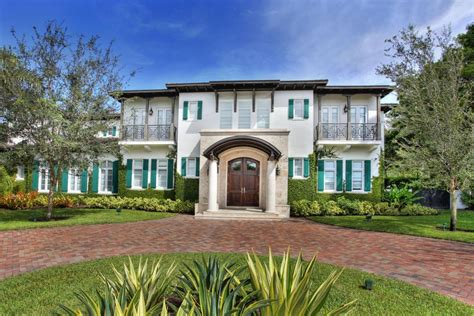 curb appeal international tour a gorgeous estate in pinecrest fla hgtv s