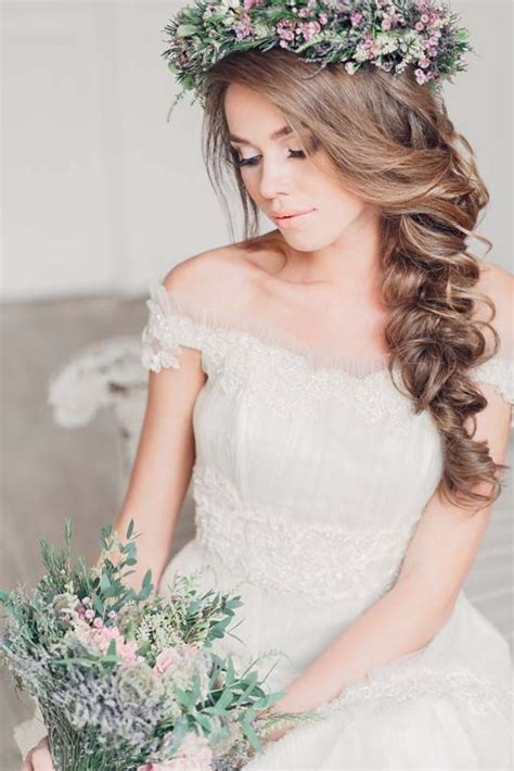 Wedding Hairstyles With Side Braids by Best 25 Side Braid Wedding Ideas On Side