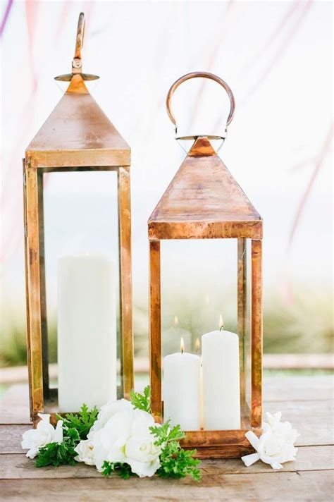 gold lantern centerpieces 25 best ideas about gold lanterns on table lanterns lanterns with flowers and