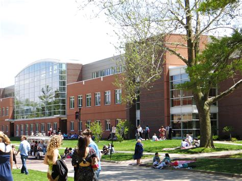 Of Iowa Mba Ranking by Grinnell College Admission Act Scores Acceptance Rate