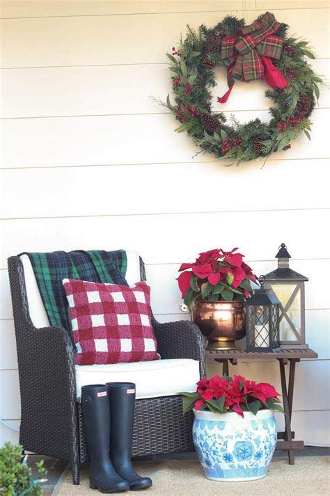 Fake Topiaries For Front Porch - december christmas front porch amp a wreath giveaway southern state of mind