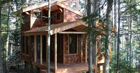 Small Homes The Right Size By Lloyd Kahn Lloyd S Tiny House In Trees In Maine