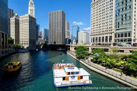 discounts on chicago architecture boat tour chicago attractions discounts go chicago card deals