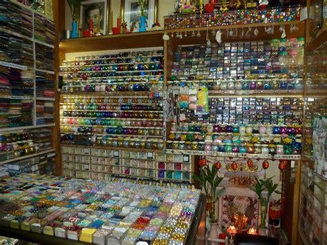 buying crafts in bangkok