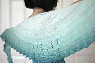 how to knit a shawl top 15 free shawl knitting patterns