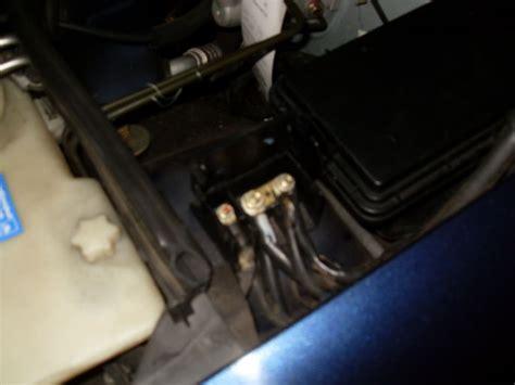 Motorrad Mit Auto Berbr Cken by Batterie Laden Starthilfe Mercedes Benz Batterie Laden