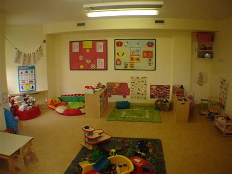 toddler daycare room ideas best 25 toddler daycare rooms ideas on daycare rooms daycare ideas and toddler