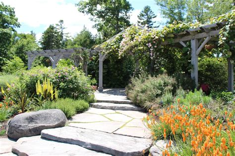 Coastal Botanical Gardens Why You Need To See The Coastal Maine Botanical Gardens Topside Inn