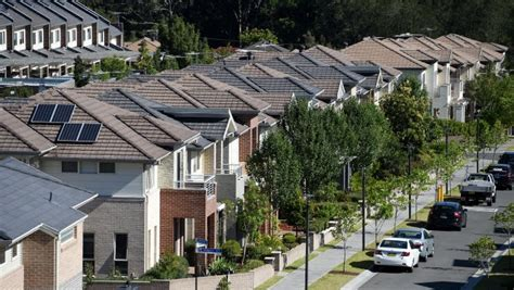 pessimistic outlook australians expect housing