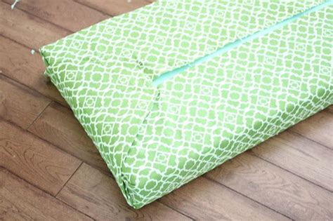 how to make a bench cushion with staple gun 11 best images about bench cushion diy on pinterest diy