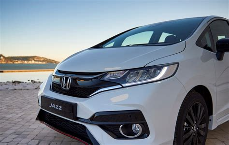 honda jazz 2018 honda jazz eu spec revealed with snappy 1 5l i vtec