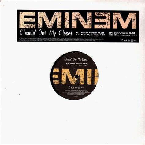 Eminem Cleanin Out Closet Lyrics Clean Version by Eminem Cleanin Out Closet 12 Temple Of Deejays
