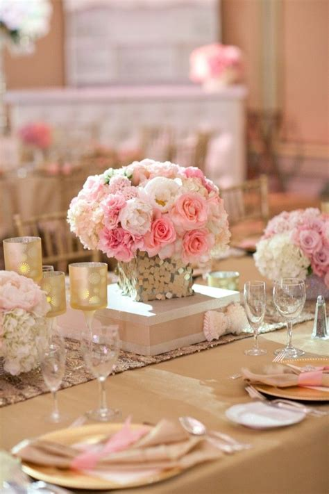 Best 25  Hot pink centerpieces ideas on Pinterest   Pink