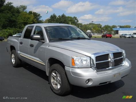2005 dodge dakota cab bright silver metallic 2005 dodge dakota slt cab