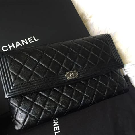 Clutch Chanel Sling Clutch Chanel Selempang brand new chanel boy clutch luxury on carousell