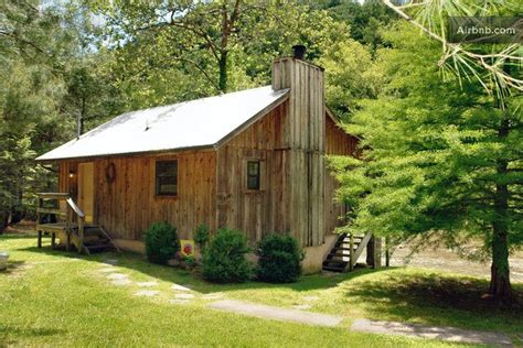 river cabin on pigeon river 1br