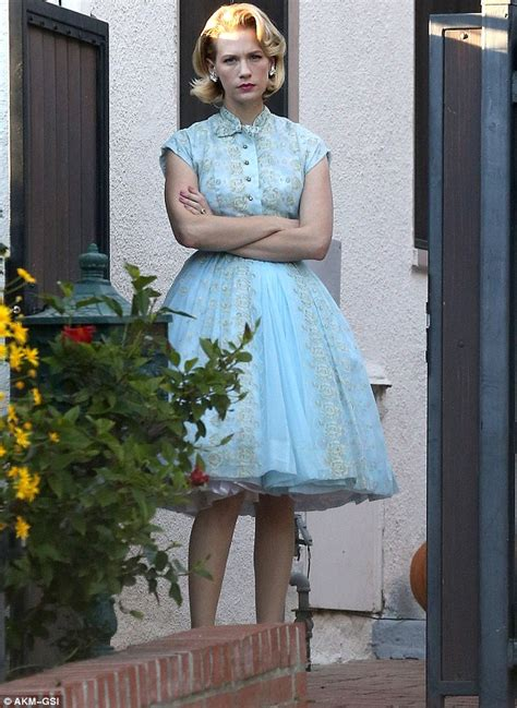 Betty Draper Wardrobe by What A Cop Out Mad January Jones Steps Out In Betty Draper Costume For With