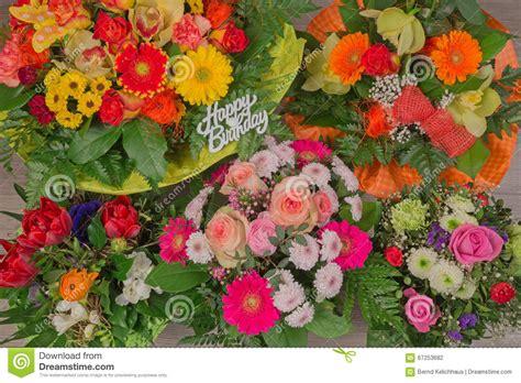 mazzo di fiori buon compleanno 83 freddo fiori per compleanni home design compleanno