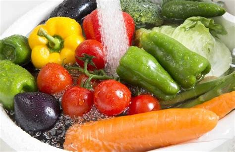 why is it important to wash fruits and vegetables before eating