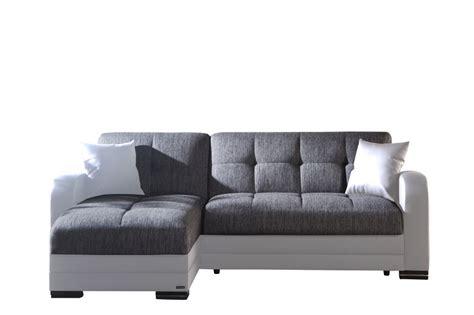 divani letto con penisola divano letto angolare modelo quot kubo quot con penisola bianco e