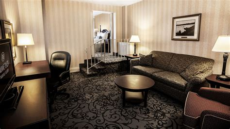Rainbow Room Niagara Falls Prices by Crowne Plaza Niagara Falls Fallsview Hotel Deals Reviews
