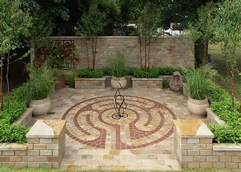 garden labyrinth designs image mag