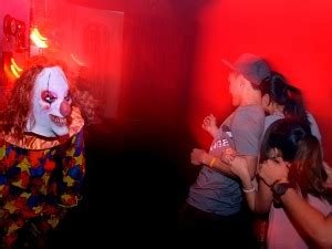 extreme haunted houses halloween happenings