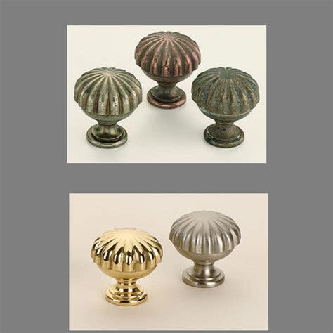omnia 9168 cabinet knob low price door knobs