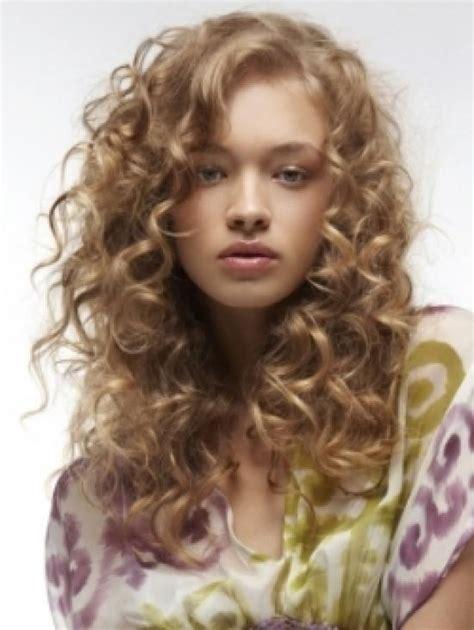 corte en cabello ondulado cortes de pelo rizado 40 fotos