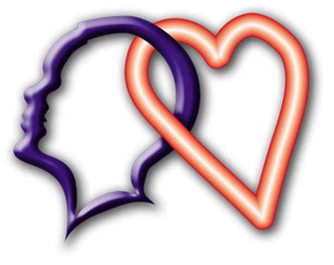 cuore e testa cervello e cuore pennellate di parole
