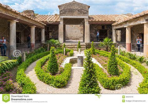 haus in italien ein haus in pompeji italien redaktionelles bild bild