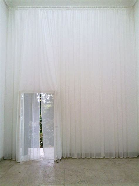 cover walls with curtains 25 best ideas about fabric covered walls on pinterest