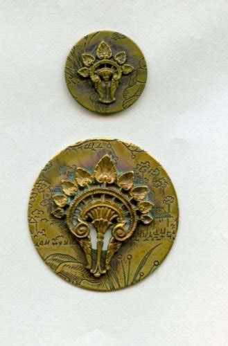 Kaos Vintage N Y P D Combed 24s 2 hair comb buttons brass antique with allover wallpaper
