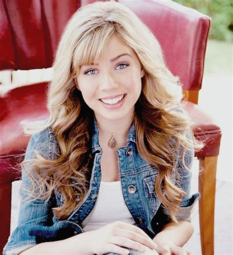 jennette mccurdy tattoo jennette mccurdy e pictures to pin on tattooskid