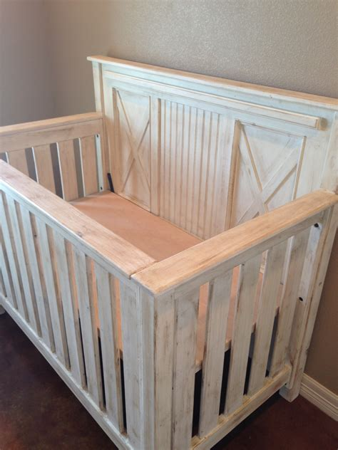 Rustic White Wood Baby Crib With Bead Board Picture In Wood Baby Cribs