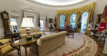 Spot The Change In President Trump S Oval Office The | spot the change in president trump s oval office the