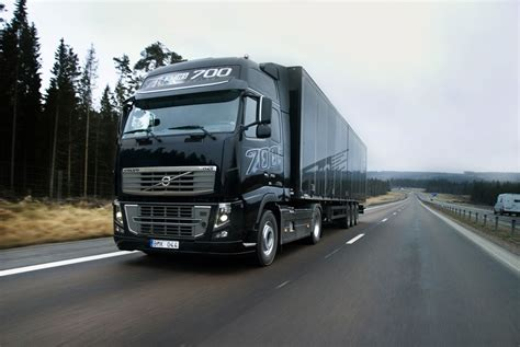 volvo fh    powerful truck   world