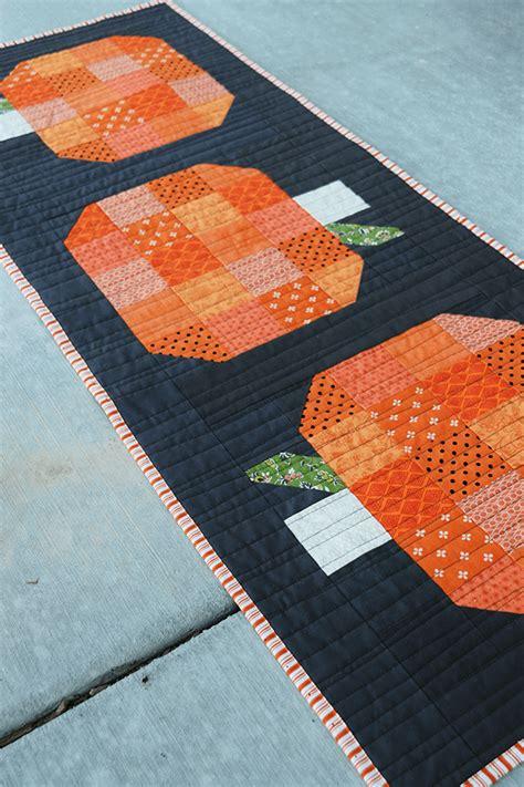 construct 2 auto runner tutorial make this fall pumpkin table runner tutorial