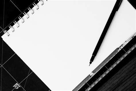 Black Paper Plain Notebook Buku Catatan Kertas Hitam Black Pen 183 Free Stock Photo