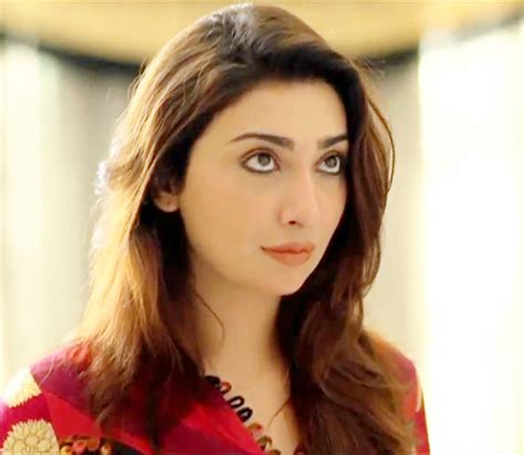 bollywood heroine unmarried latest photos show jawani phir nahi ani actress ayesha