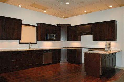 java kitchen cabinets 1v java maple shaker cabinets in days contemporary