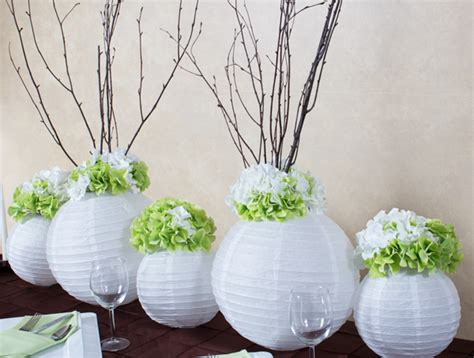 How To Make Paper Lantern Centerpieces - create a stunning elongated centerpiece using paper