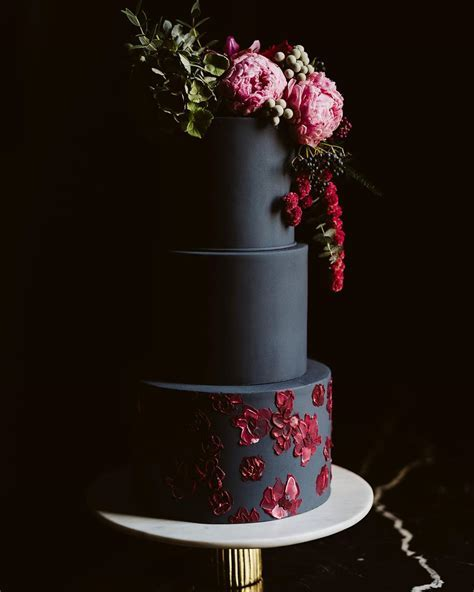 These Are The Best Wedding Cake Trends of 2019   A