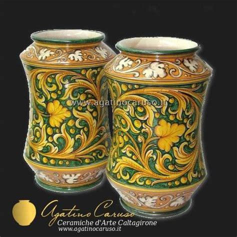 vasi di ceramica ceramiche di caltagirone agatino caruso maioliche