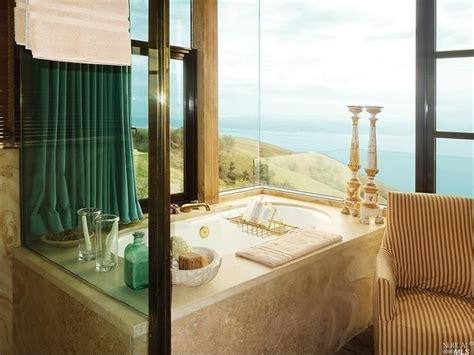 badezimmerfenster glas optionen 40 master bathroom window ideas