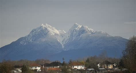 golden mountain file golden ears mountain jpg wikimedia commons