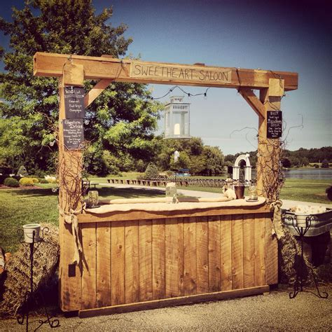 The 25  best Rustic wedding bar ideas on Pinterest   Bar