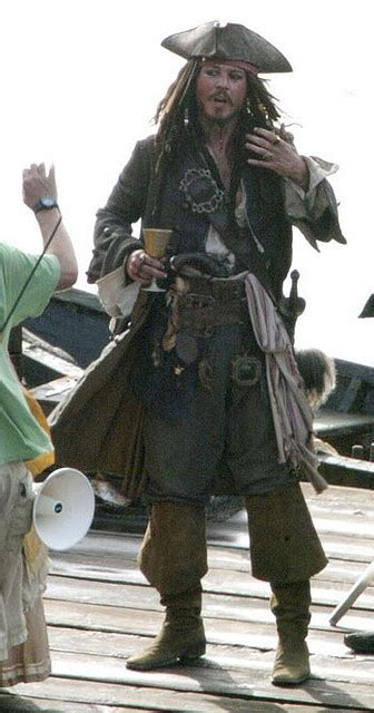 posing tips from captain jack sparrow jack sparrow create and 1000 ideas about jack sparrow costume on pinterest