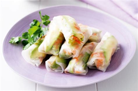 How To Make Vegetarian Rice Paper Rolls - avocado and vegetable rice paper rolls recipe taste au